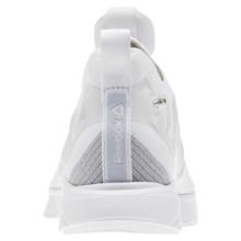 REEBOK PUMP SUPREME ULTK UNISEX CN1234 跑步鞋
